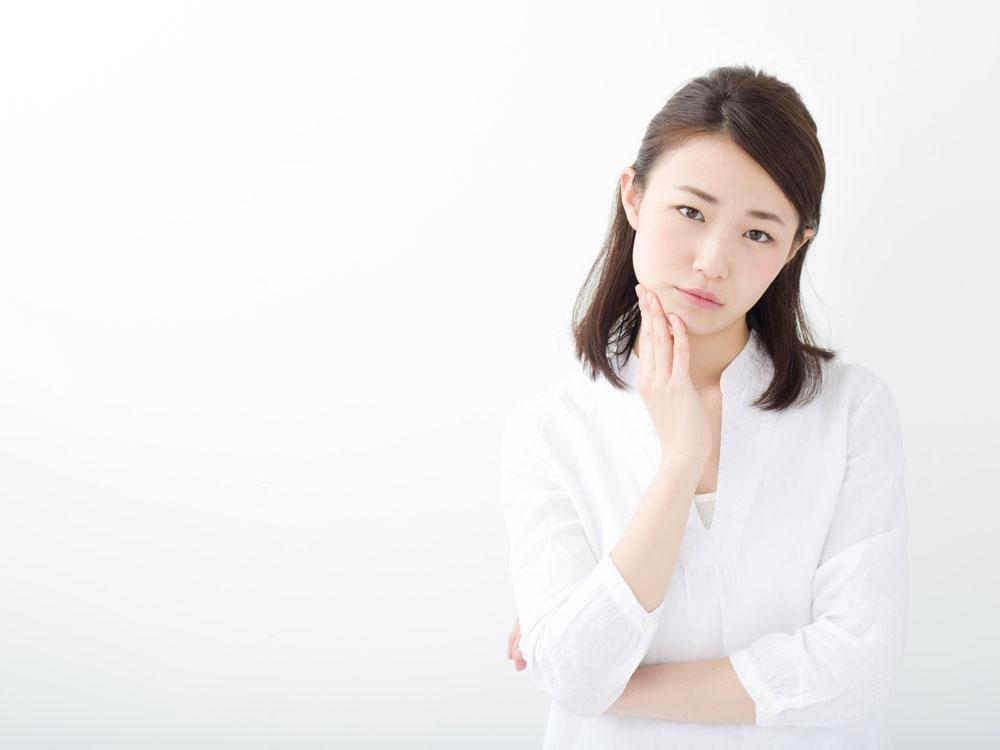 介護の難しさに悩む女性